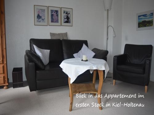 Blick_in_das_Appartement_im_ersten_Stock